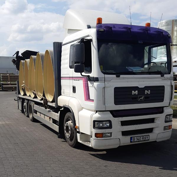 Inchiriere camion cu macara